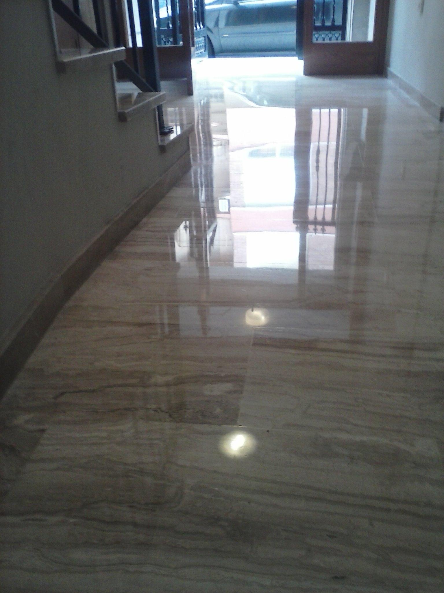 Suelo de marmol precio interesting detalle del suelo en - Precios de suelos ...